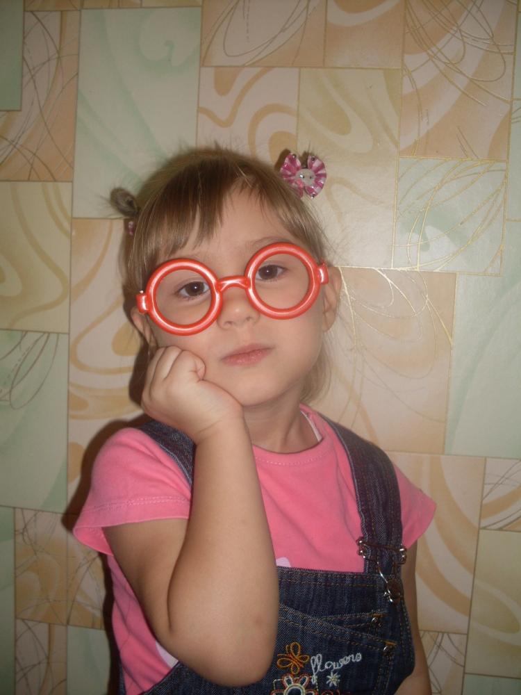 Фото детей в очках в год 47